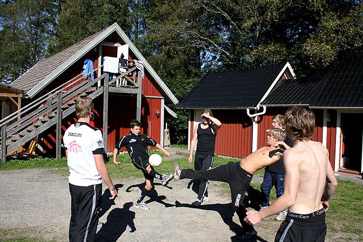 Nordenbergsskolans Innebandygymnasium - träningsläger på Kyrkekvarn